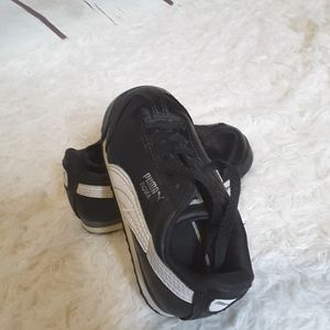 3/$30 Puma Roma black white toddler sneakers size